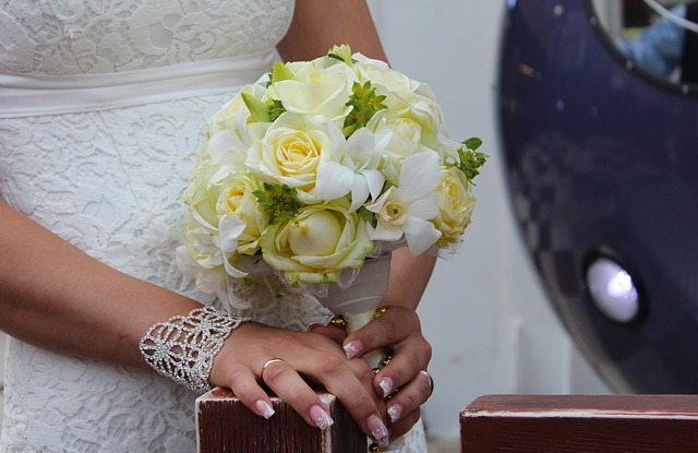 wedding-985429_640