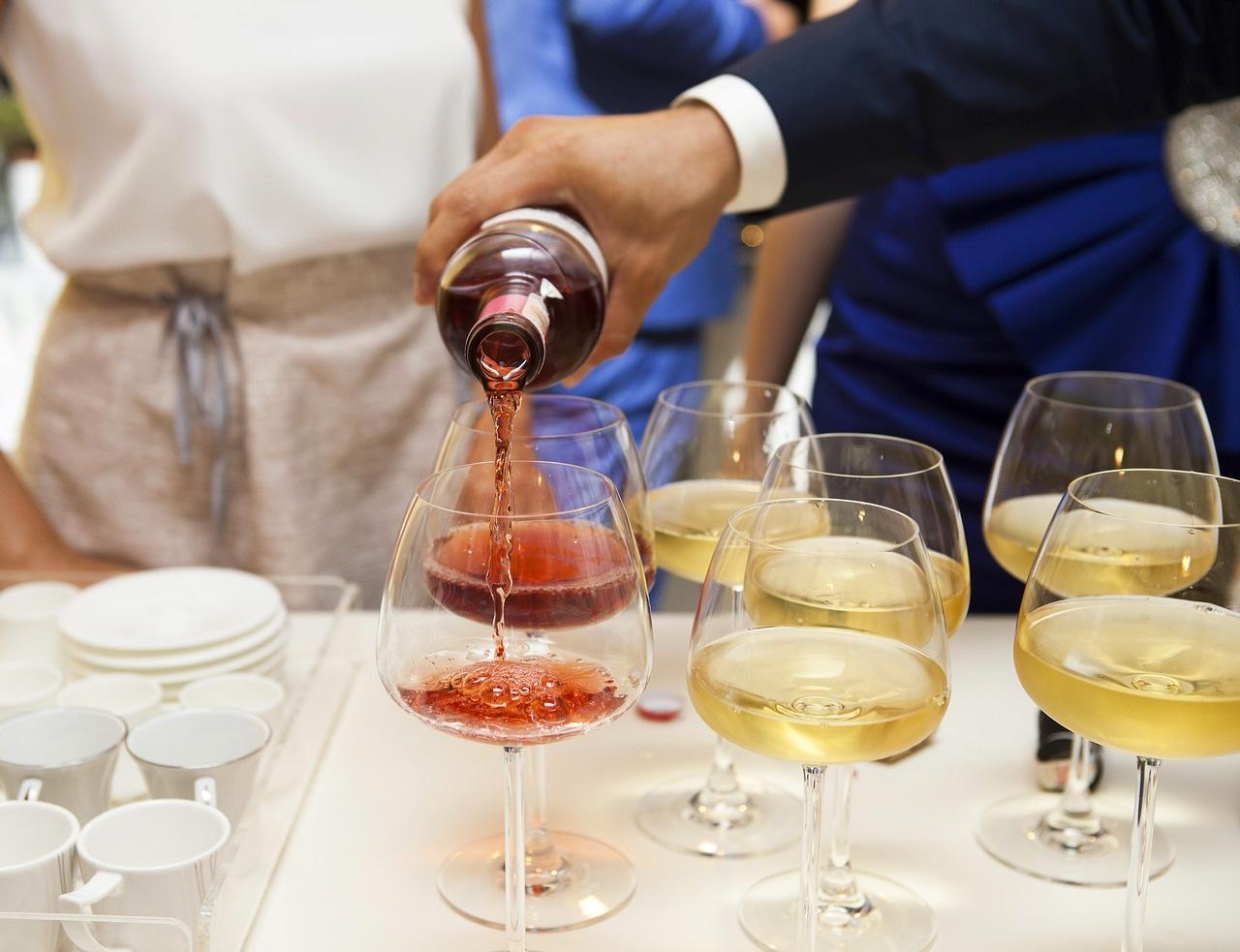 wine-2373500_1280